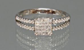 Ring, WG 750, Diamanten zus. ca. 0.20 ct., Princess cut, Brillanten zus. ca. 0.25 ct., etwa tcr/si,