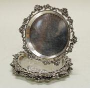 6 Untersetzer, Silber 835, glatter Spiegel, durchbrochener Rand mit Blütendekor, ø 12.5 cm, zus.