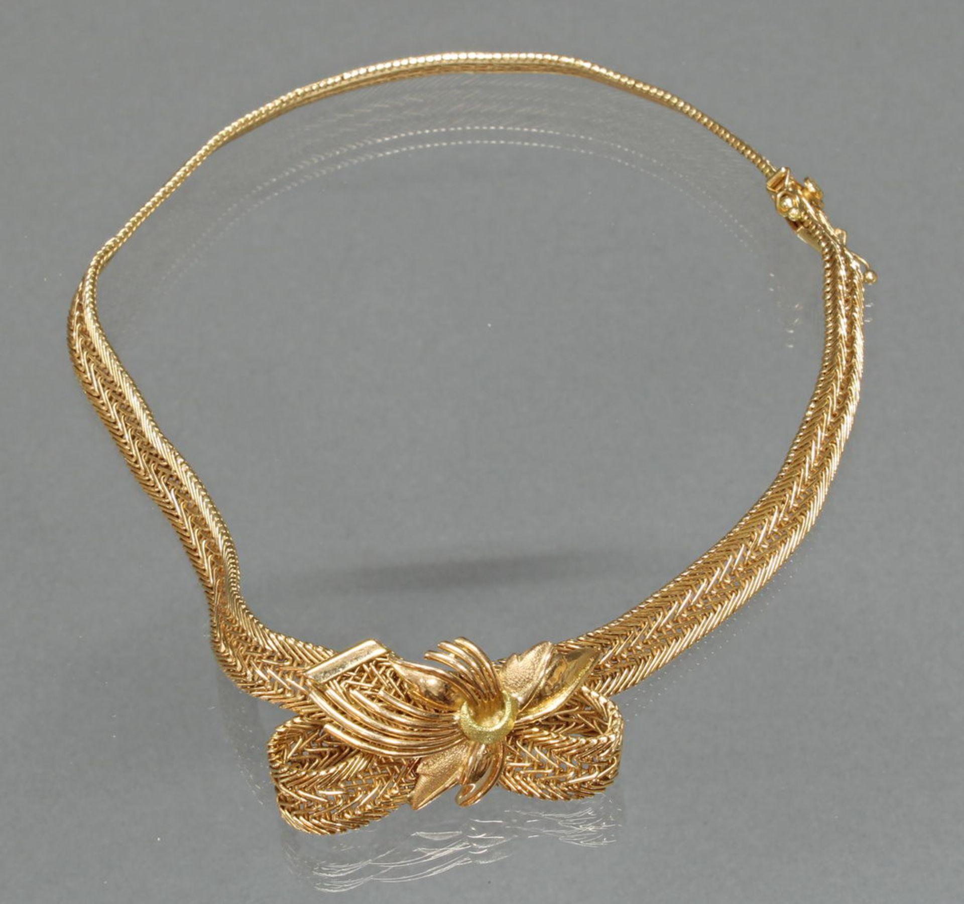 Collier, 1960er Jahre, RG/GG 750, seitliche Goldschleife, 36 cm lang, 48 g