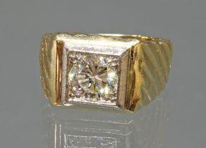 Solitär-Brillant-Ring, punziert 14 K, GG 585, 1 Brillant ca. 1.80 ct., etwa cr1/vvs2, Goldgewicht c