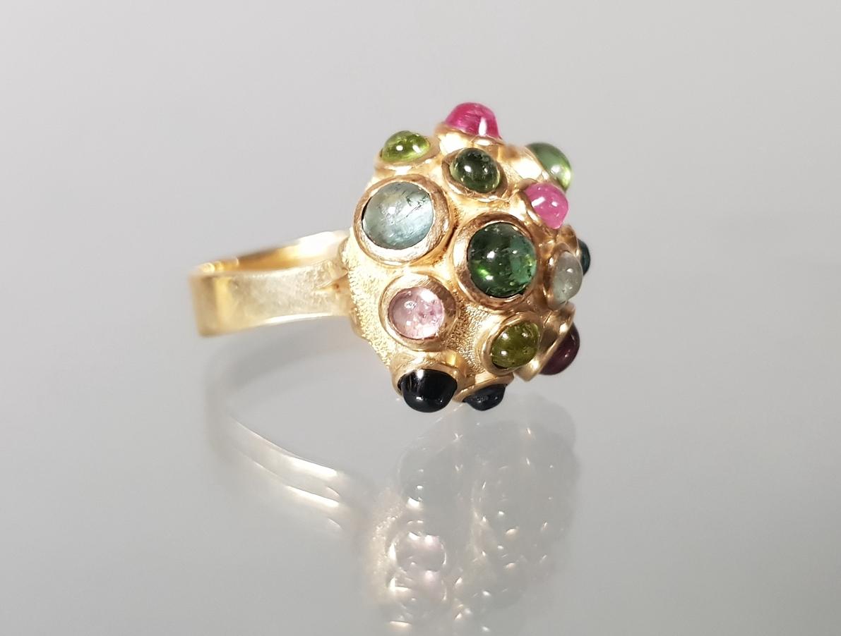 Ring, Design 1970er Jahre, GG 585, verschiedenfarbige Turmalin-Cabochons, 7 g, RM 16