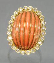 Ring, GG 585, 1 geschnittener und mit Golddraht belegter Korall-Cabochon, 24 Besatz-Diamanten, 10 g