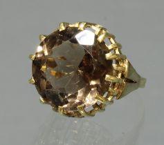 Ring, 1950er Jahre, GG 585, 1 runder facettierter Rauchtopas, 5 g, RM 17