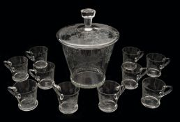 A Bowle and 10 Glasses