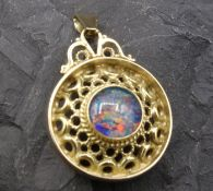 GOLD APPENDANT WITH OPAL - 585 yellow gold