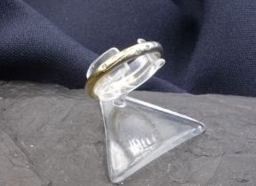 RING - 750 yellow gold and platinum