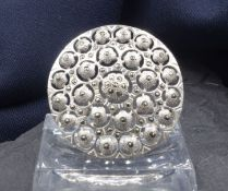 ROUND BROOCH WITH MARCASITES