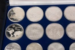 Kanada: Olympia-Komplettsatz Silber, 995g Feinsilber.