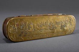 Iserlohner Schnupftabakdose mit Reliefdekor, sch | Iserlohn snuff box with relief decoration, on th