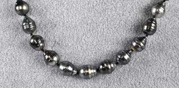 TAHITI-PERLENKETTE barocke Perlen