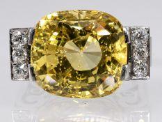 Original Art Deco, Cocktailring, Platin mit gelbem Ceylon-Saphir ca. 20 ct und 6 Altschliff-Diamant