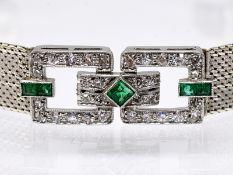 Art Deco- Armband mit Smaragden, zus. ca. 0,2 ct und 32 kleinen Single-Cut-Diamanten, zus. ca. 0,3