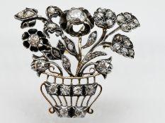 """Brosche """"Blütenkorb"""" mit Altschliff-Diamanten und Diamantrosen, zus. ca. 1,3 ct, Deutsch, um 1860."""