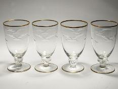 """4 Bierkelche """"Möwe"""", Lyngby, Dänemark, 20. Jh. Farbloses Glas mit matt geschliffenem Möwende"""