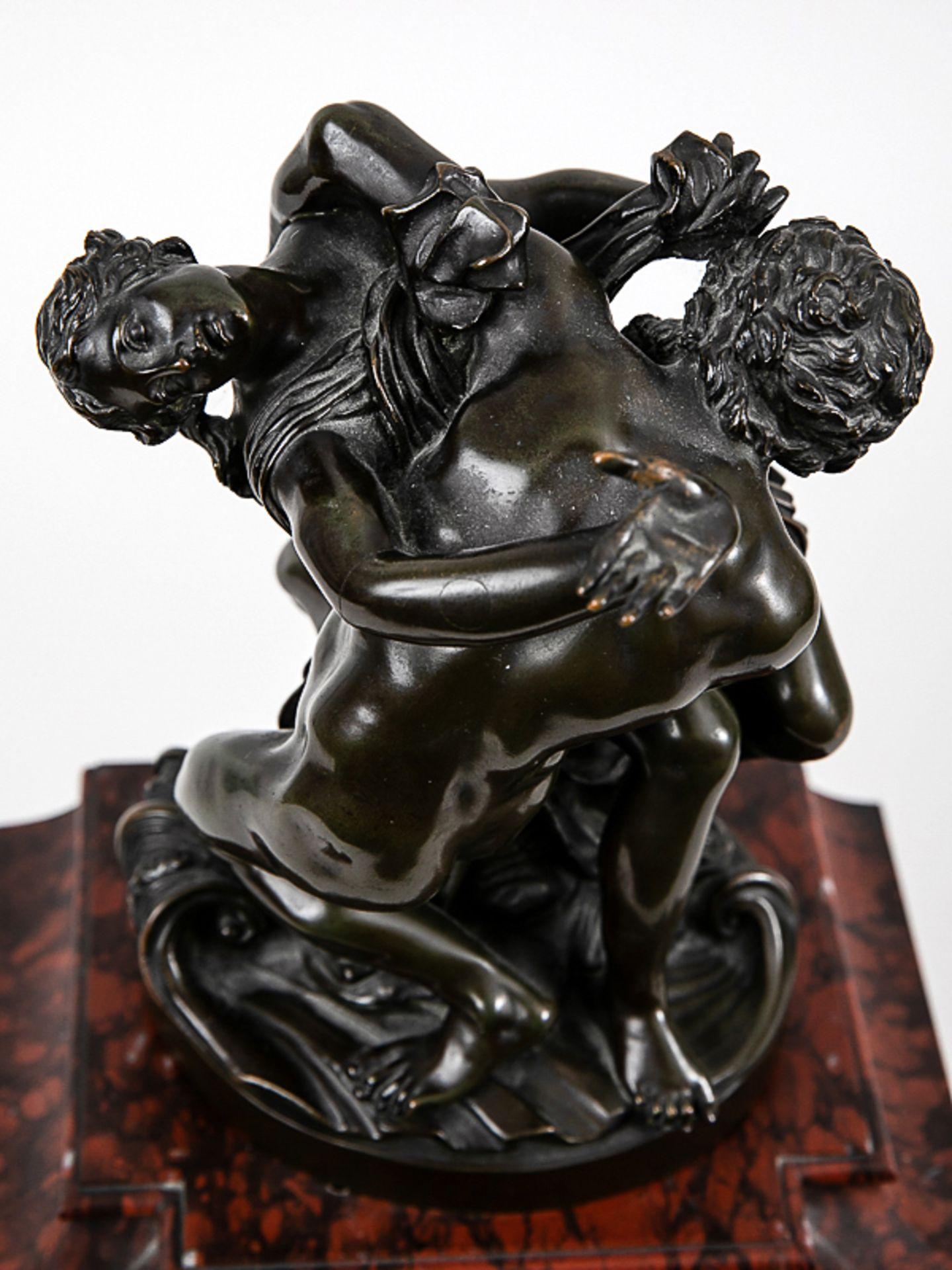 Kaminuhr mit Bronzegruppe, H. Jacquet & Fils/ Roblin, Paris, 2. Hälfte 19. Jh. Bronzeplastik i - Bild 9 aus 10