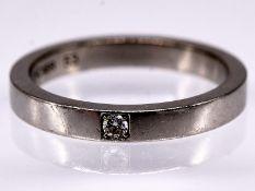 """Ring; Modell """"MARRYME"""" mit Brillant 0;03 ct; BVLGARI; 21. Jh.<br><br>Platin. Gesamtgewicht ca. 5;7 g"""