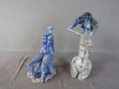 Zwei abstrakte Keramiken unterseitig bezeichnet 40cm und 31cm Höhe