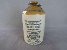 Antike Keramik Alkoholflasche mit Metallhalter geschätzt um 1870 32cm hoch