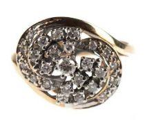 Brillant-Ring, 585er GG/WG, verschlungener Ringkopf besetzt mit 25 Brillanten von zus.0,65 ct