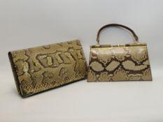 Vintage-Handtasche und -Clutch, Schlangenleder, Gebrauchsspuren, h 17/14 cm.