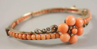 Korallenarmreif, Doublé, Jugendstil um 1900, oval, scharniert, Steckschloss und