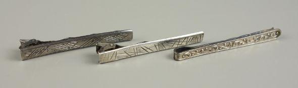"""3 silberne Krawattennadeln, Gew.14,75g, 2* 900er Silber, """"Juwel"""", L. jeweils 5,"""