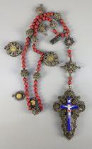 """filigraner Rosenkranz mit Kreuz, Silber und Emaille, um 18702* gestempelt """"13"""" (Lot) und ung"""