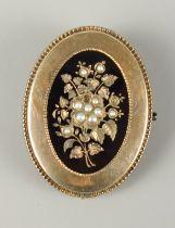 Medaillon mit kleinen Flussperlen, Brosche / Anhänger, BiedermeierDoublé, schauseitig Blumen