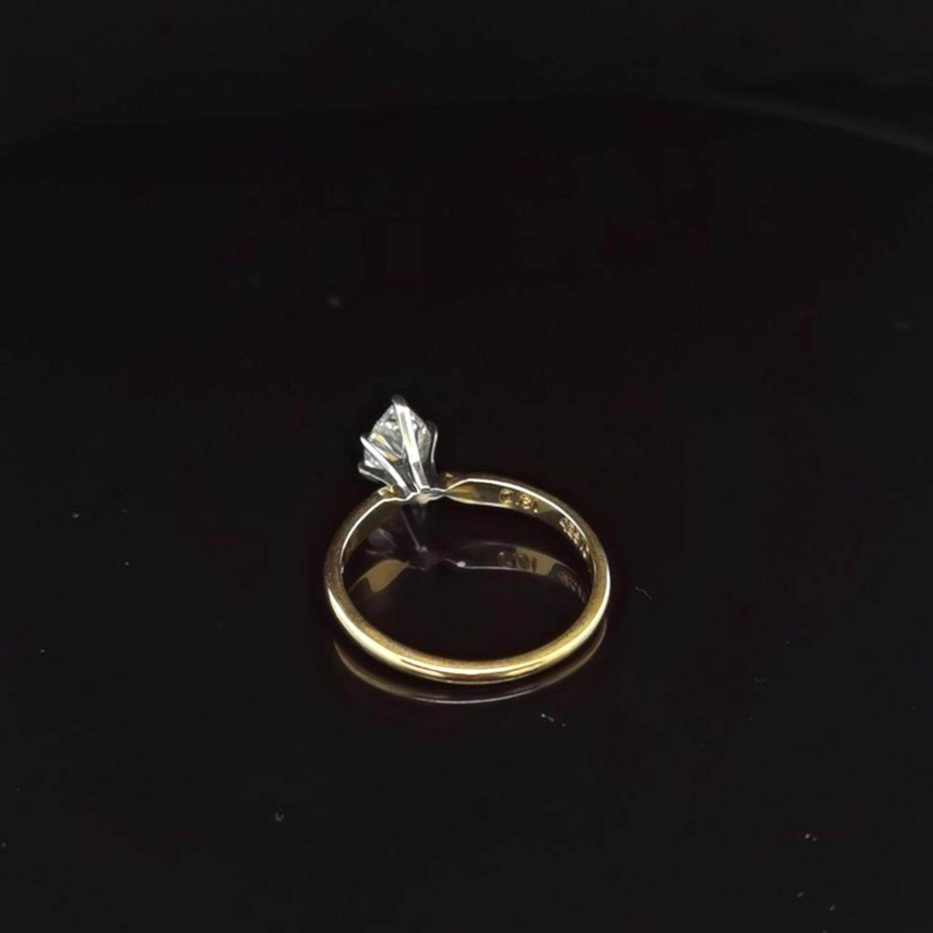 Diamant-Solitaire, 750 Gelbgold 2,5 - Image 3 of 3