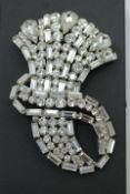 Christian Dior Vintage Brosche Füllhorn wohl 70er Jahre verso Chr. Dior Germany gebraucht,getragen