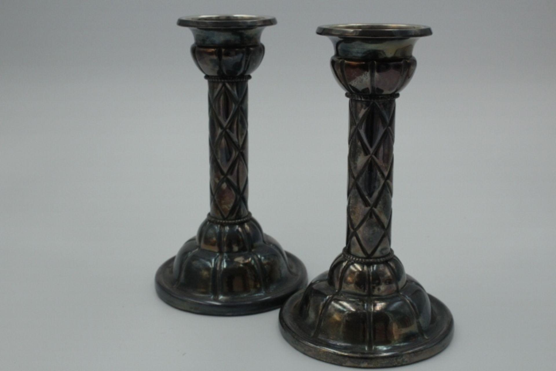 Paar Kerzenhalter Art-Deco Plated Marke » KZM « Höhe:21cm Im Stand gefüllt