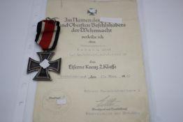 Eisernes Kreuz 2.Klasse mit Verleihungs Urkunde EK ohne Herst. Gebraucht