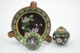 Cloisonne 3 Teile Aschenbecher,Riechdose Medaillon ( auf Silber ) wohl 20.Jhdt.