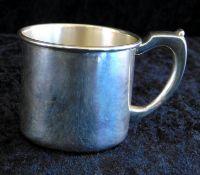 Tasse, Sterling Silber 925, gepunzt H.Gray co. inc., Nr 6409, Gewicht 68 g, Höhe 6 cm, Ø 7 cm,