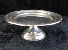 Silberschale auf Standfuß, gepunzt 800er Silber, Ø Schale 14 cm Höhe 5,5 cm, Gewicht 105 g, 1