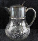 Kalte Ente, Glaskanne mit versilberter Montierung, Glaseinsatz, h: 21 cm, Ø ca. 17 cm, 2.H.20.J