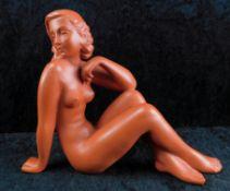 Terracotta Figur, Sitzender Akt, 2.H.20.Jhdt., Mod. 511, h: 21 cm, l: 26 cm