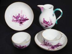 Paar Tassen mit  Untertassen. Birnkännchen.  MEISSEN ca. 1760 - 1774