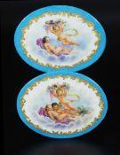 Zwei ovale Porzellanplatten um 1890.