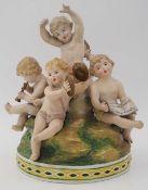 """1 Figurengruppe Porzellan wohl Ernst BOHNE und Söhne Rudolstadt, Thüringen, """"Musizierende Putt"""