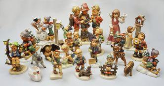 """1 Konv. Porzellanfiguren GOEBEL:Hummelfiguren """"Schwieriges Problem"""", """"Hoffentlich schn"""