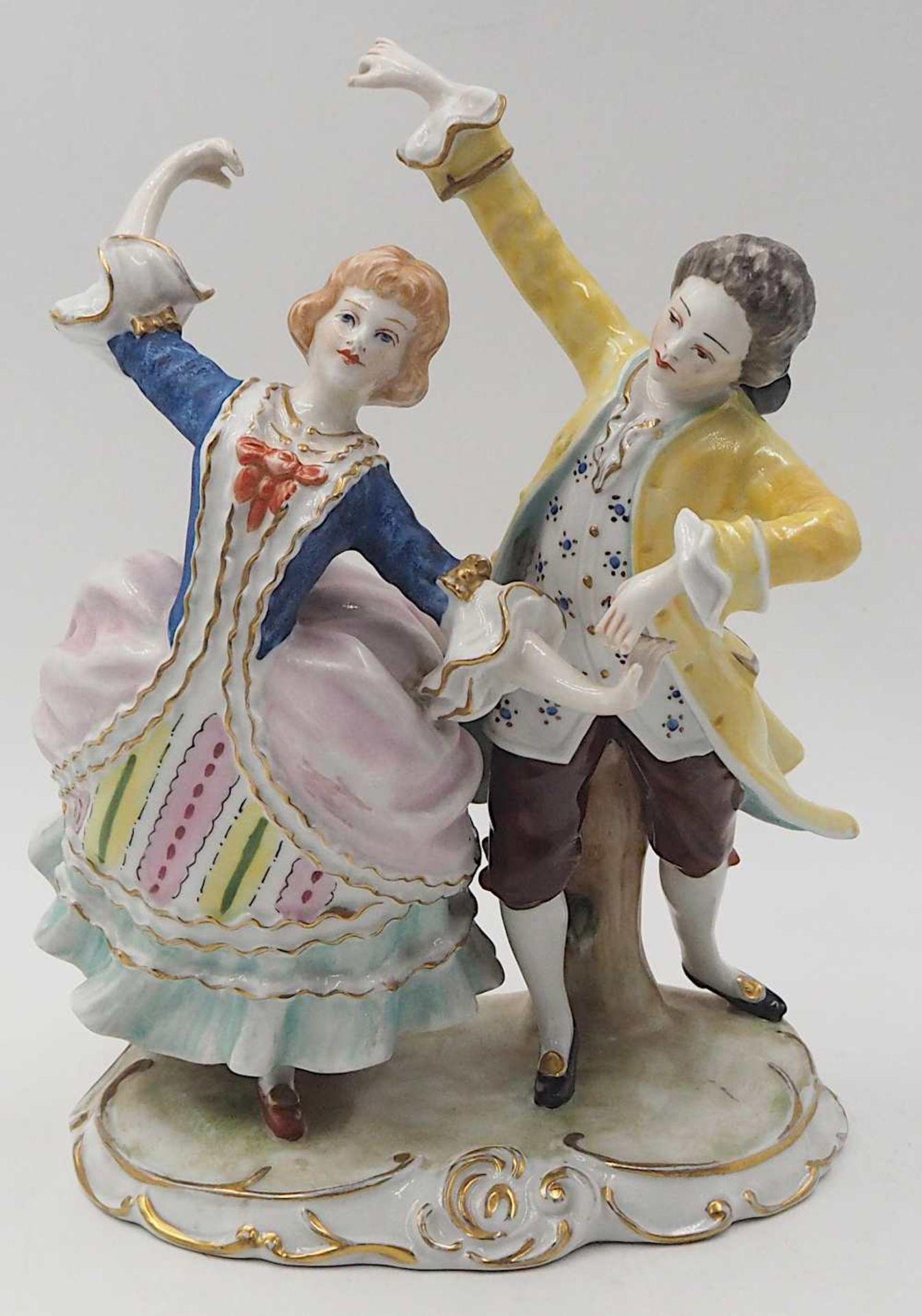 """1 Porzellanfigurengruppe , wohl 1. Hälfte 20. Jh. """"Tanzendes Rokokopaar"""" <br"""