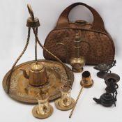 1 Konv. orientalische Objekte 20. Jh. u.a. Teeservice-Set mit Kanne, Tassen und Wasser
