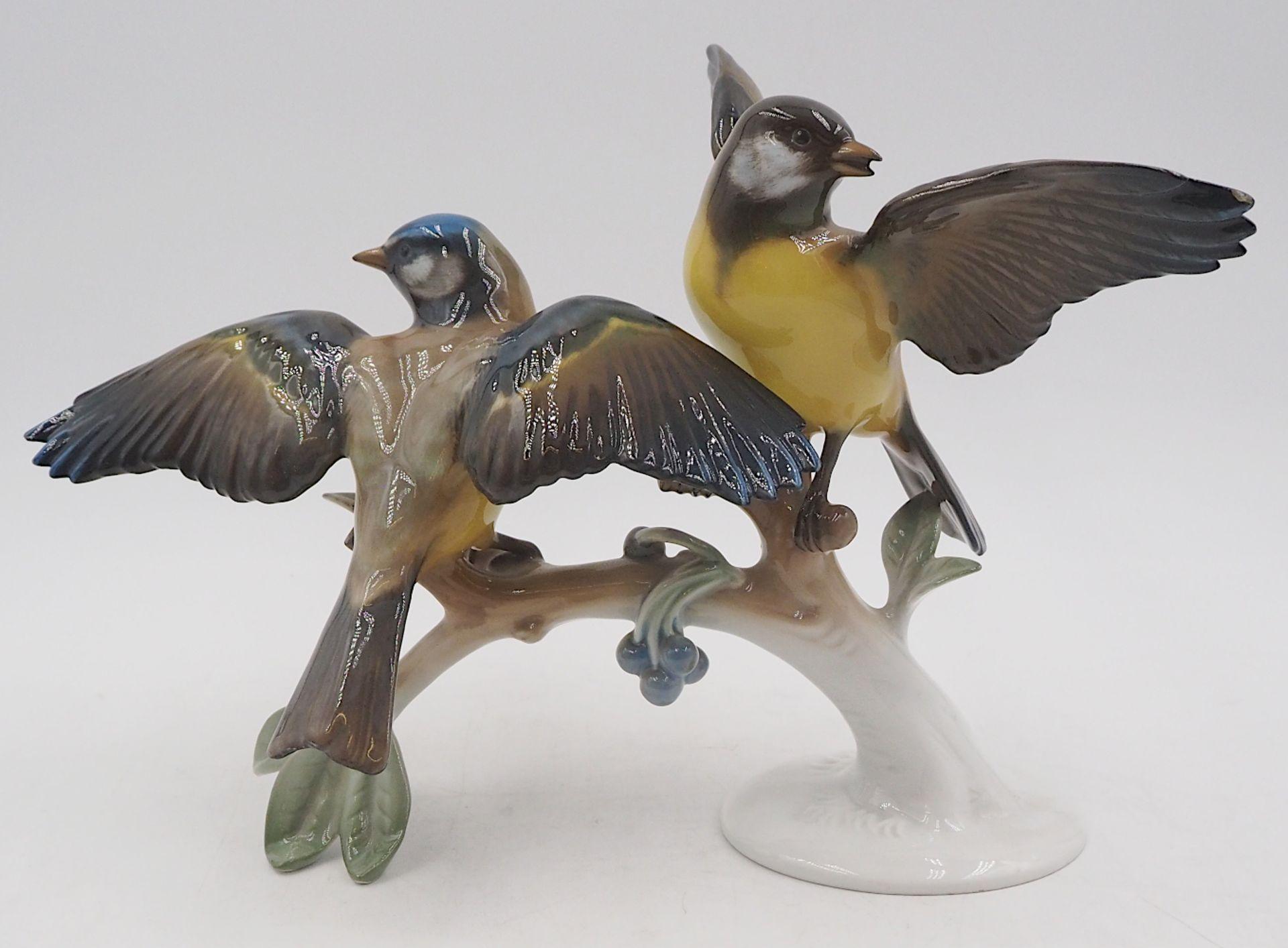 "1 Figurengruppe Porzellan ""Blau- und Kohlmeise auf Ast"" ROSENTHAL, Design: Hugo MEISEL <br /"