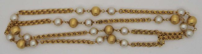 1 Kette GG 18ct. Perlen