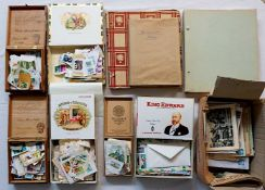 1 Konv. Feldpostbriefe/Postkarten, z.T. Anfang 20. Jh./Drittes Reich sowie Briefmarken