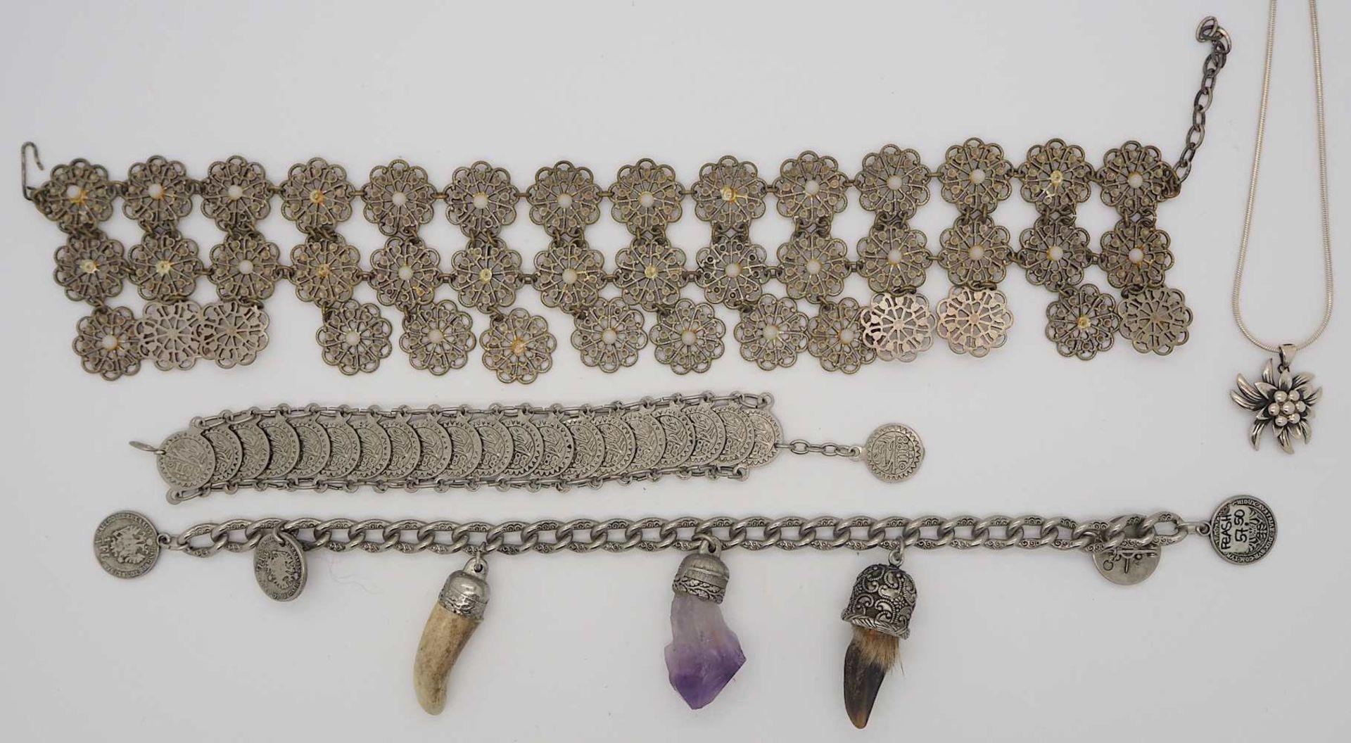 1 Konv. Schmuck Silber/Mode u.a., z.T. Biedermeier, min. GG 8ct. Granate u.a. - Bild 3 aus 3