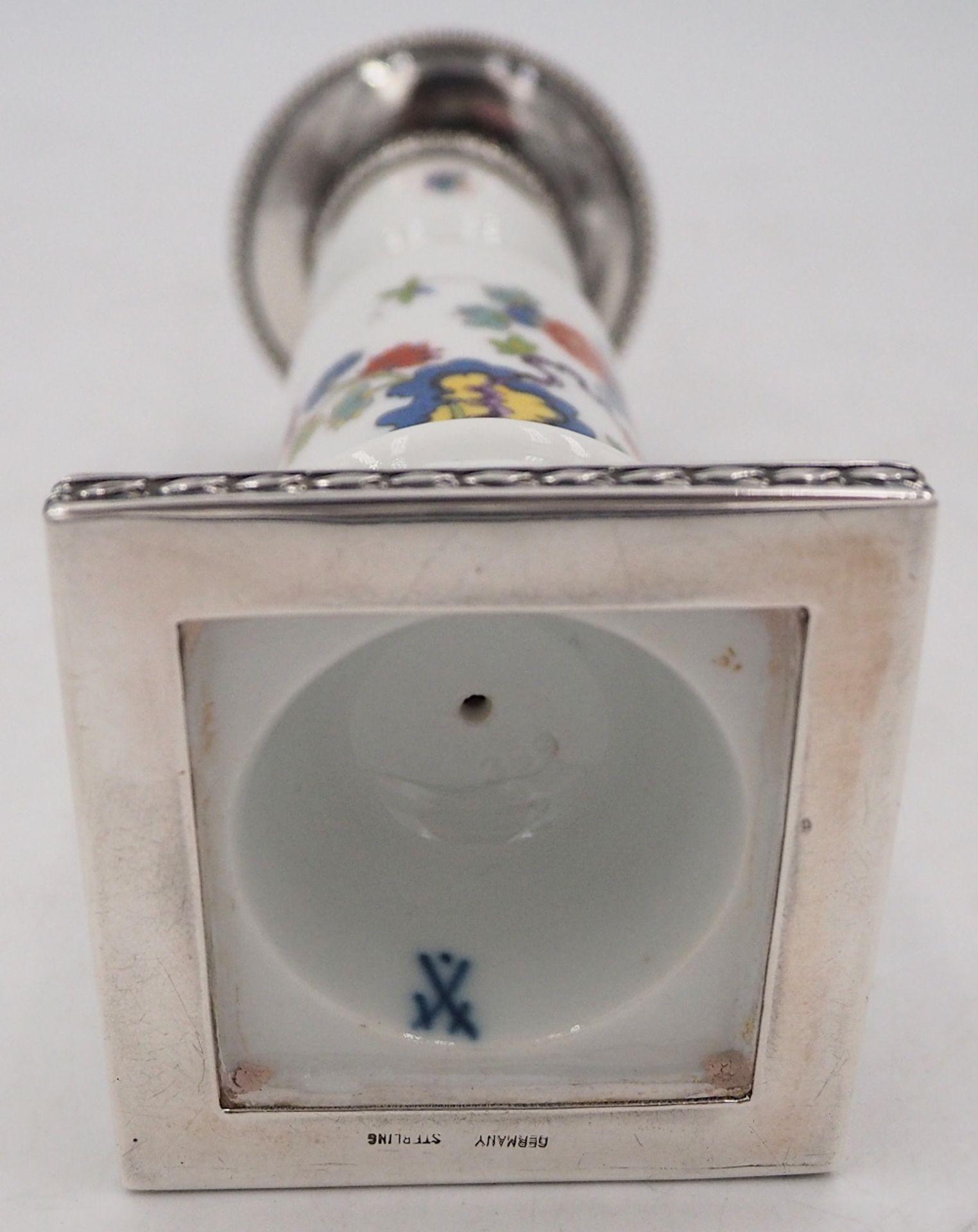 """1 Kerzenleuchter 1-flammig Porzellan MEISSEN """"Indische Blumenmalerei"""" Montierung/Einsa - Bild 3 aus 3"""