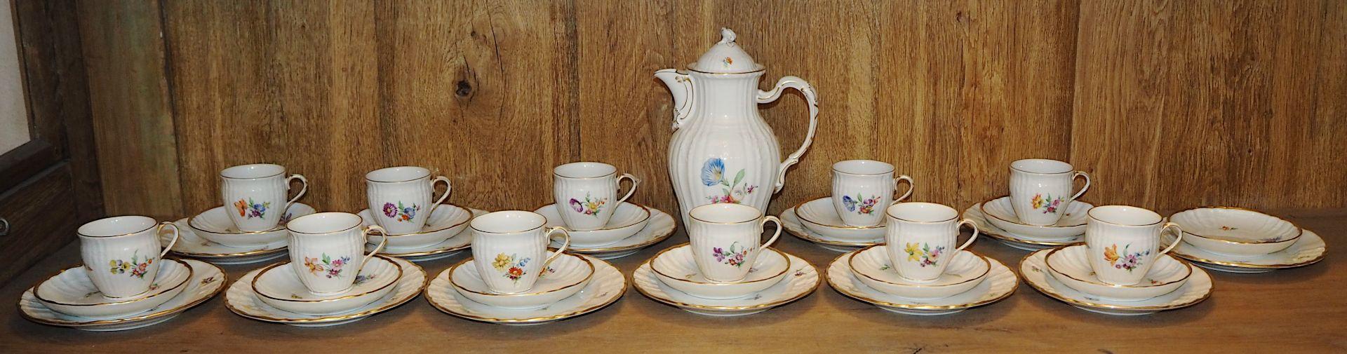 1 Kaffeeservice Porzellan KPM/Roter Reichsapfel 1 Kaffeekanne, 12 Kaffeegedecke (1 Tas - Bild 2 aus 2