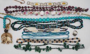 1 Konv. Schmuck Silber/Mode u.a. z.T. aus Peru/Italien, in der Schatulle
